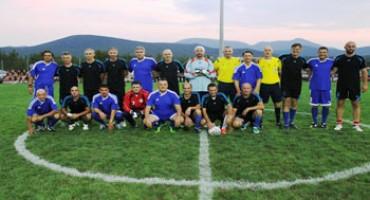 Mario Stanić s braćom Kovač i Vatrenima na Zvirićima
