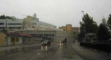 Narančasti Meteoalarm za Mostar: Danas obilna kiša i jak južni vjetar!