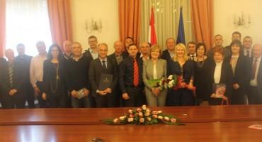 Potpisani Ugovori za programe i projekte od posebnog interesa za Hrvate u Bosni i Hercegovini za 2015