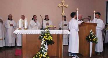 Provincijal dr. fra Miljenko Šteko svečano blagoslovio crkvu sv. Jeronima u Donjem Malom Ograđeniku