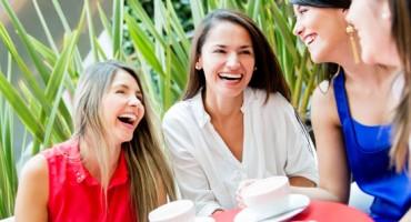 Stručnjaci savjetuju kako da pomognete prijateljici da pronađe ljubav svog života