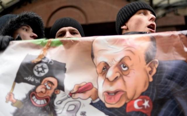 Erdogan dostavlja kemijsko oružje ISIL-ovim teroristima