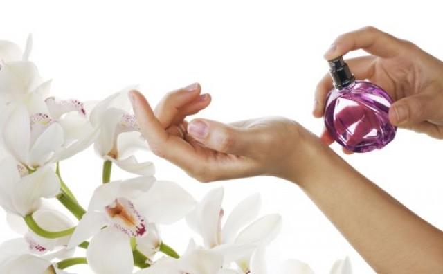 Kako prepoznati originalni parfem?