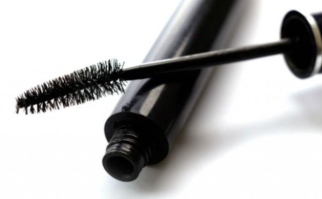 5 kozmetičkih proizvoda koje ne biste trebali posuđivati