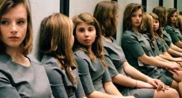 Fotografija koja je izludila internet: Možete li pogoditi koliko je djevojčica na njoj?