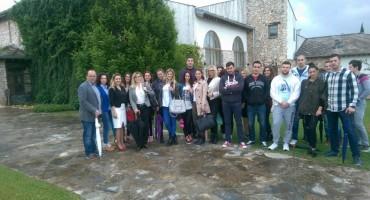 Posjeta studenata iz Mostara turističkom kompleksu Herceg Etno selo Međugorje