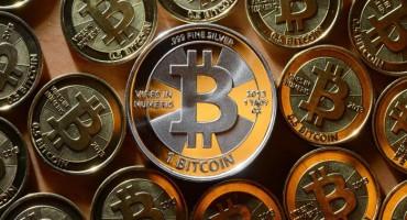 Bitcoin prvi put iznad 2.000 dolara
