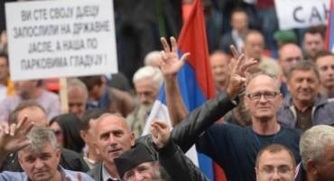 Nacionalistička ikonografija i oštre optužbe na prosvjedima u Banjoj Luci