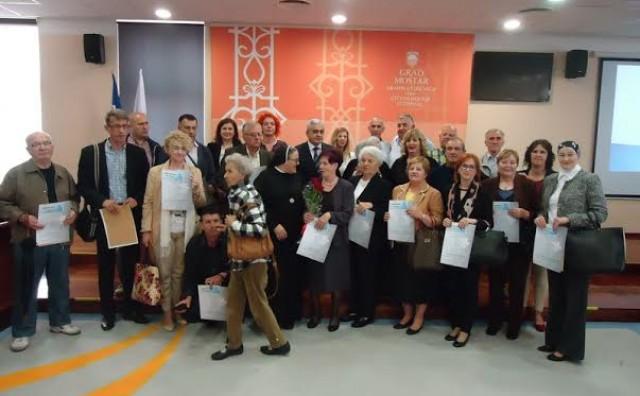 Mostar: Gradonačelnik Bešlić dodijelio nagrade za najljepše uređena dvorišta