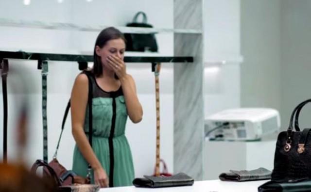 Ono što je videla u luksuznoj torbi je ŠOK