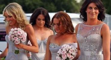 ZAŠTO SU SVE DJEVERUŠE UVIJEK ISTE? Stručnjaci otkrivaju odakle taj običaj usklađivanja haljina