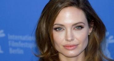 Angelina Jolie predavat će na uglednom fakultetu u Londonu
