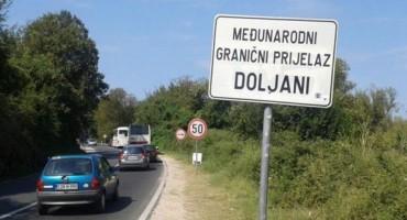 Državljanka Njemačke i državljanin BiH lišeni slobode zbog krijumčarenja migranata