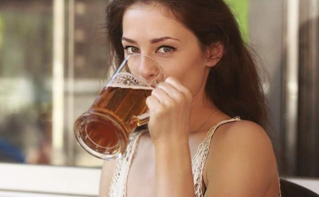 Čaša piva doista ljude čini društvenijima