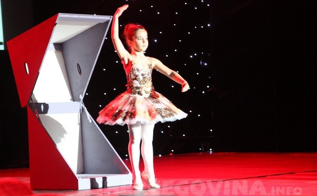 Mostar: Baletska škola Arabesque velikim  koncertom proslavila 10 godina postojanja