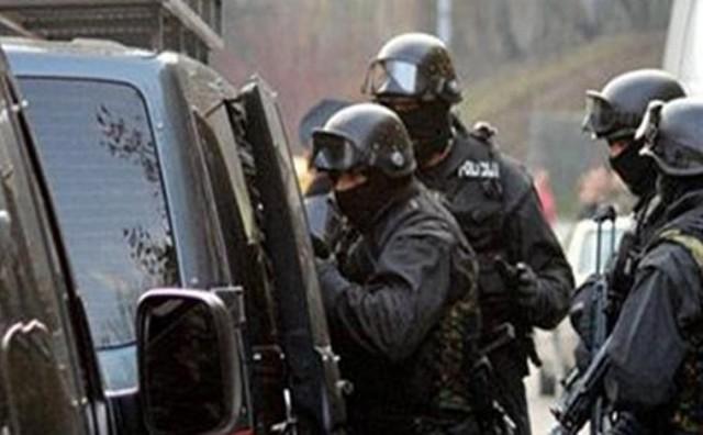 FUP izveo akciju Target: Uhićeni trgovci oružjem i vojnom opremom