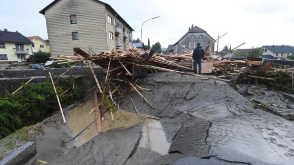 Apokaliptične scene u Njemačkoj: Četiri mrtva u poplavama