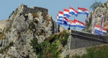 PUPOVAC OKO OLUJE Stradavanja Hrvata priznata i kažnjena, a Srba nisu