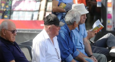 Stalni porast broja umirovljenika ugrožava ekonomsku održivost