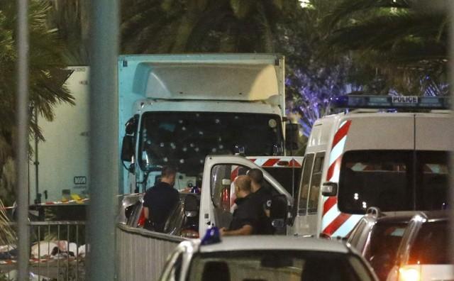 Drama u Francuskoj: Gledali smo u nevjerici. Obitelji su ležale na tlu, plakale pokraj tijela'