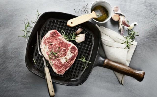 Ništa bez umaka: Trik za pečenje velikih komada mesa na roštilju
