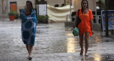 Stiže velika promjena vremena: pljuskovi, grmljavina i olujna bura rashladit će zemlju, a evo kad se vraća ljeto