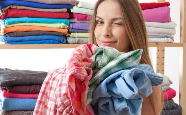 9 trikova kako izravnati zgužvanu odjeću