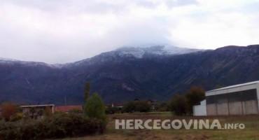 Prvi snijeg zabijelio i mostarsku općinu