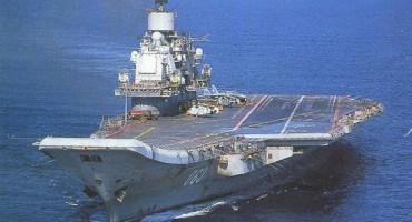 Ruski nosač zrakoplova Admiral Kuznjecov pokazuje svoju snagu