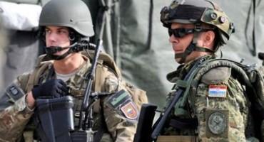 NATO proglasio uzbunu i stavio 300.000 vojnika u stanje pripravnosti