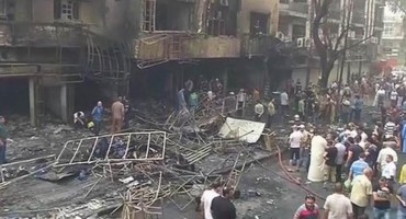 Bombaški napad na svadbi, 15 mrtvih