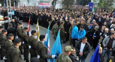 Hrvatski svjetski kongres pokrenuo globalnu akciju 'Ne zaboravimo Vukovar i Škabrnju 18.11.1991. – 18.11.2016.'