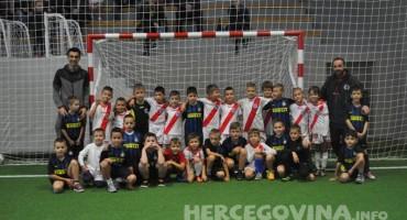 Najmlađi nogometaši Zrinjskog pobjedom do prvog mjesta Mini futsal lige
