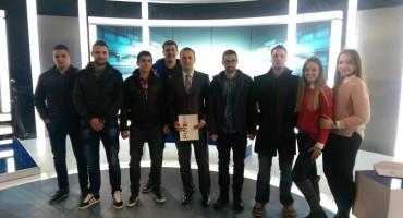 Dekan  Fakulteta međunarodnih odnosa i diplomacije sa studentima Sveučilišta Hercegovina na TV PINK BH