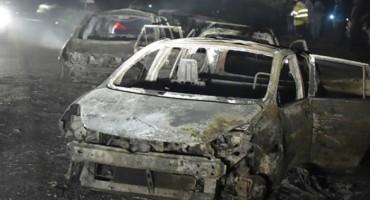 Cisterna s plinom udarila u vozila, najmanje 33 osobe poginule