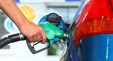 PLAN IRSKE Do 2030. godine zabraniti registraciju 'benzinaca' i 'dizelaša'