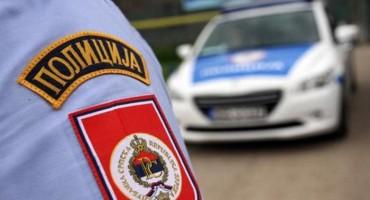 """AKCIJA """"KAVEZ"""" Uhićeno dvanaest osoba, pronađen novac, droga i oružje"""