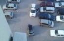 Bura nosila Smarta po parkingu, došla policija i napisala kaznu