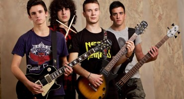 Rock grupa Nešto Između snimila novi spot