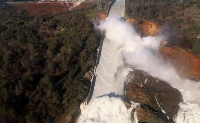 Strava u SAD-u, popušta velika brana - 200 tisuća ljudi se evakuira!