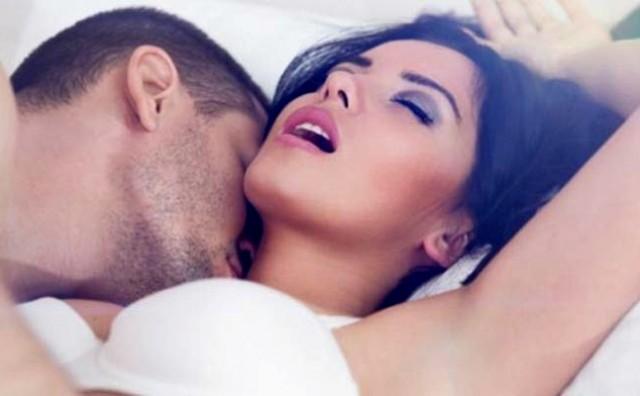 Osam razloga zašto je jutarnji seks odličan početak dana