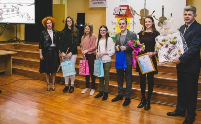Tri nagrade u rukama talentiranih glazbenika iz Čitluka