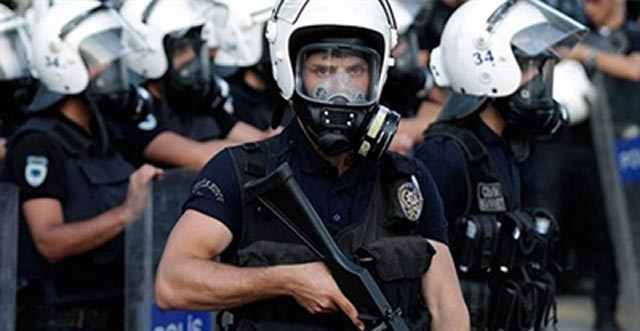 Suspendirano više od 9.000 policajaca