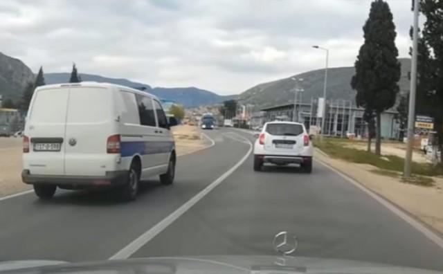 Bahata vožnja policije po Mostaru