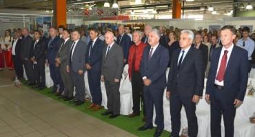 Na 'Danima trešnje' u Mostaru 300 izlagača iz BiH i regije