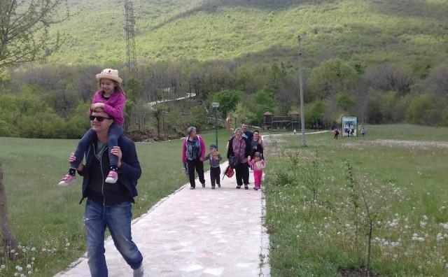 Mostar: Djeca i osoblje vrtića skupili 8 tona starog papira!