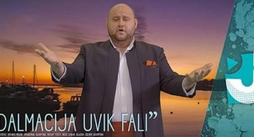 Branko Medak metkovski tenor s pjesmom 'Dalmacija uvik fali'
