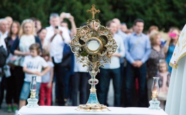 Tijelovo – dan kada slavimo veliko otajstvo Kristove ljubavi koju nam je ostavio u euharistiji
