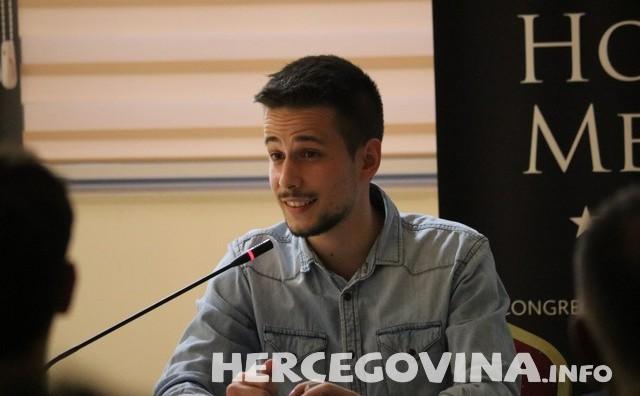 Illusionist Danijel Rakić nastupio u Mostaru