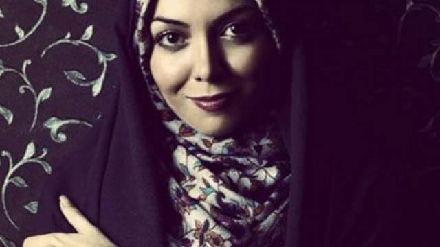 Konzervativnu TV voditeljicu snimili kako bez hidžaba pije pivo
